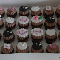 cupcakes_just_married